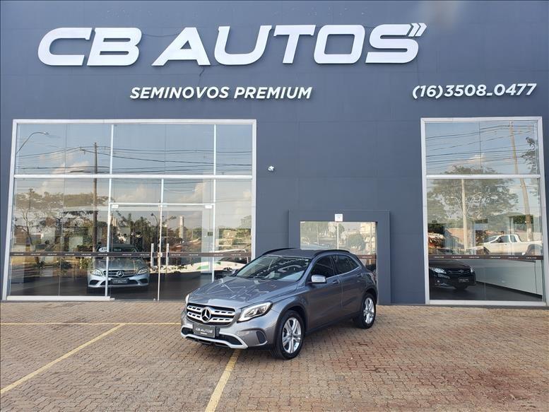 //www.autoline.com.br/carro/mercedes-benz/gla-200-16-style-16v-flex-4p-automatizado/2020/jundiai-sp/14709255