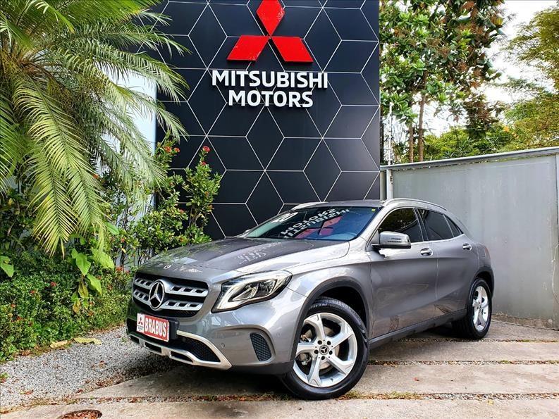 //www.autoline.com.br/carro/mercedes-benz/gla-200-16-advance-16v-flex-4p-turbo-automatico/2020/sao-paulo-sp/14941003
