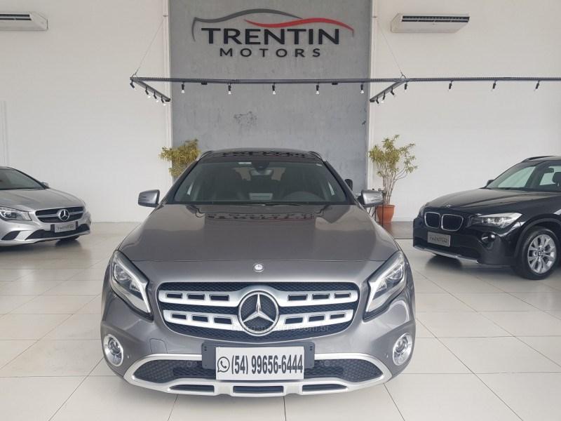 //www.autoline.com.br/carro/mercedes-benz/gla-200-16-enduro-16v-flex-4p-turbo-automatizado/2018/erechim-rs/15010921