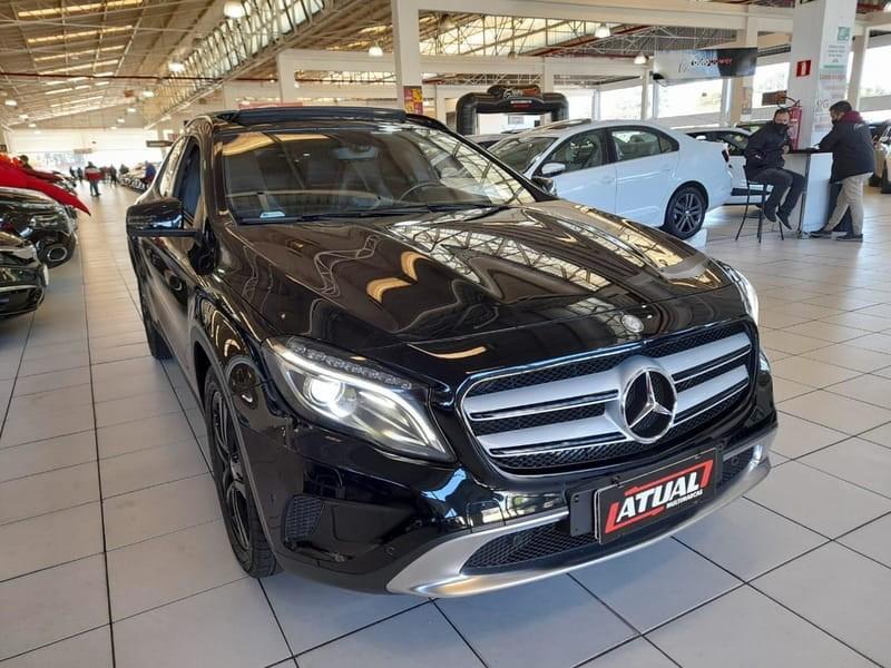 //www.autoline.com.br/carro/mercedes-benz/gla-200-16-vision-black-edition-16v-flex-4p-turbo-aut/2015/curitiba-pr/15811433