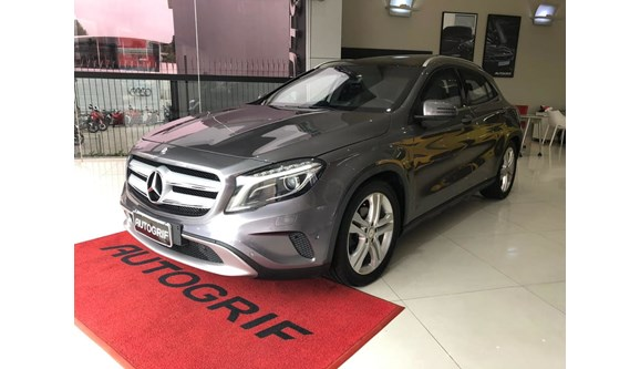 //www.autoline.com.br/carro/mercedes-benz/gla-200-16-vision-16v-gasolina-4p-automatizado/2015/curitiba-pr/8178016