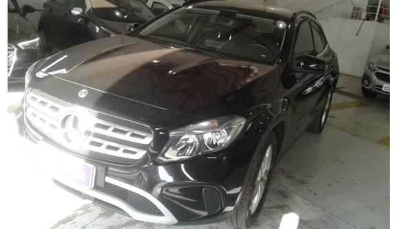 //www.autoline.com.br/carro/mercedes-benz/gla-200-16-style-16v-flex-4p-automatizado/2018/campo-grande-ms/9858719