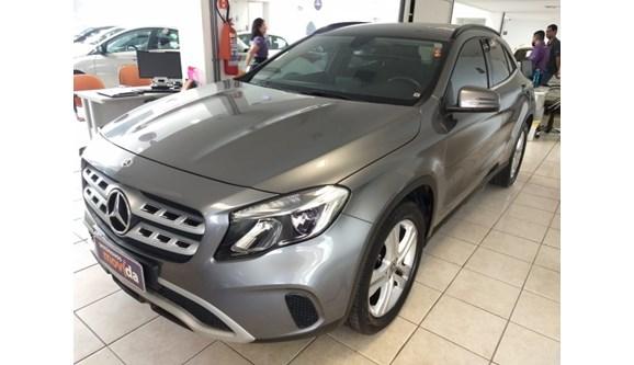 //www.autoline.com.br/carro/mercedes-benz/gla-200-16-style-16v-flex-4p-automatizado/2018/vitoria-es/9858979
