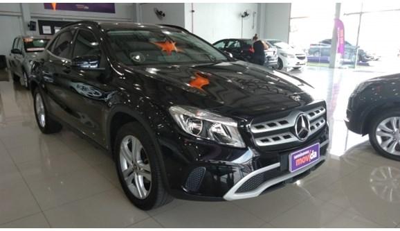 //www.autoline.com.br/carro/mercedes-benz/gla-200-16-style-16v-flex-4p-automatizado/2018/canoas-rs/9959153