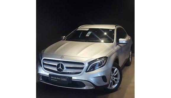 //www.autoline.com.br/carro/mercedes-benz/gla-200-16-advance-turbo-16v-gasolina-4p-automatico/2016/barueri-sp/9964892