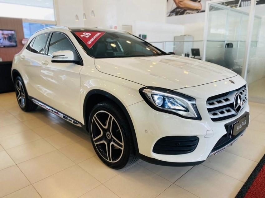 //www.autoline.com.br/carro/mercedes-benz/gla-250-20-sport-16v-gasolina-4p-turbo-automatizado/2018/curitiba-pr/14940867