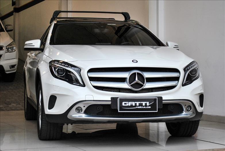 //www.autoline.com.br/carro/mercedes-benz/gla-250-20-enduro-16v-gasolina-4p-turbo-automatizado/2016/osasco-sp/14970092