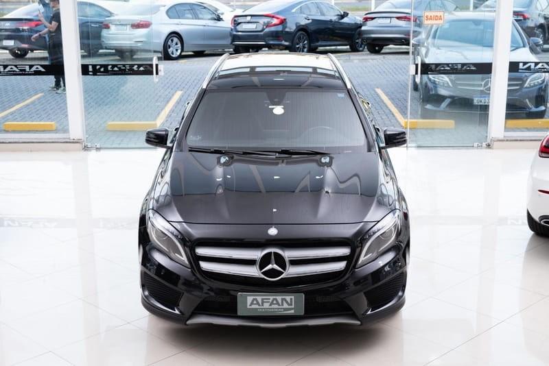 //www.autoline.com.br/carro/mercedes-benz/gla-250-20-sport-16v-gasolina-4p-turbo-automatizado/2016/curitiba-pr/15755294