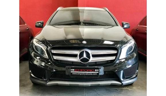 //www.autoline.com.br/carro/mercedes-benz/gla-250-20-sport-16v-gasolina-4p-automatizado/2015/porto-alegre-rs/8384296
