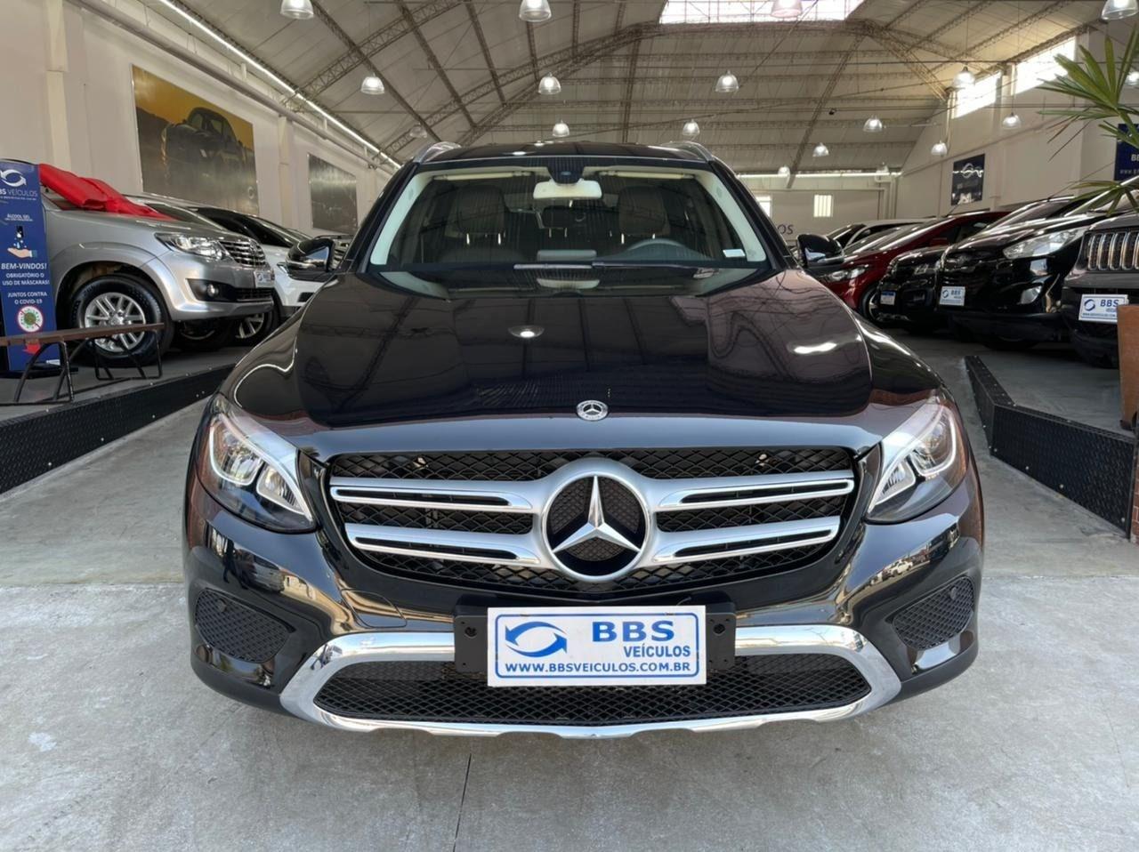 //www.autoline.com.br/carro/mercedes-benz/glc-250-20-4matic-highway-16v-gasolina-4p-turbo-autom/2018/sao-paulo-sp/15125710