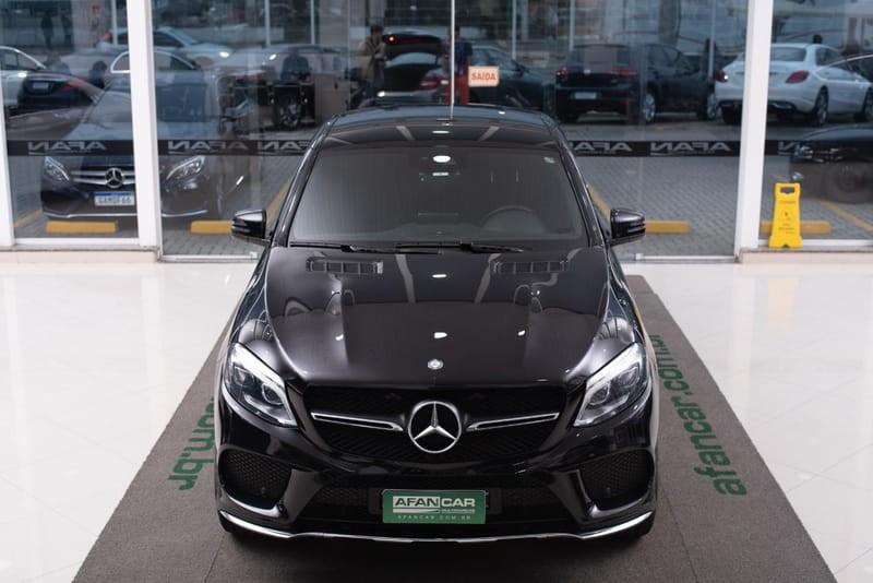 //www.autoline.com.br/carro/mercedes-benz/gle-400-30-400-4matic-highway-24v-gasolina-4p-turbo-a/2017/curitiba-pr/14950615