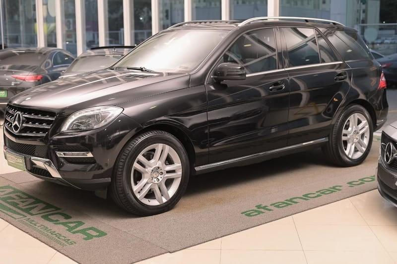 //www.autoline.com.br/carro/mercedes-benz/ml-350-35-bluetec-sport-24v-diesel-4p-automatico-4x4/2014/curitiba-pr/13096738