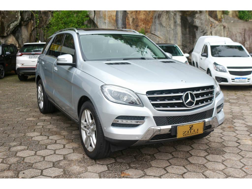 //www.autoline.com.br/carro/mercedes-benz/ml-350-35-v6-sport-4matic-24v-gasolina-4p-automatico/2013/florianopolis-sc/14896097