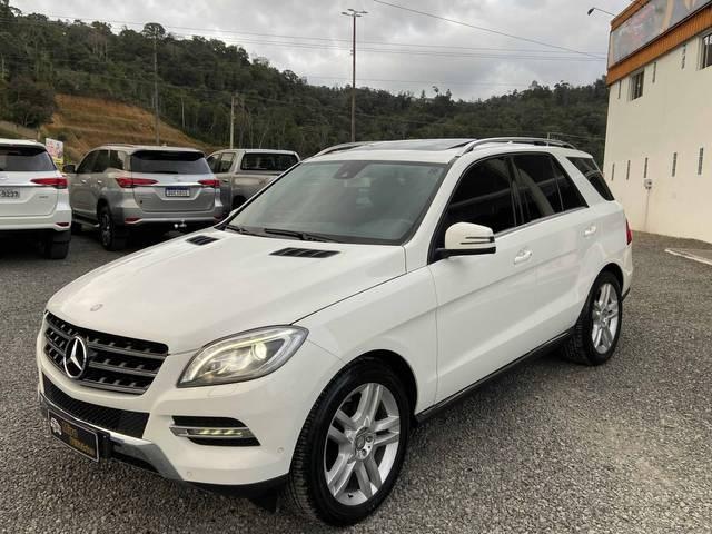 //www.autoline.com.br/carro/mercedes-benz/ml-350-30-4x4-bluetec-sport-v-6-258cv-4p-diesel-auto/2015/rio-do-sul-sc/15329524