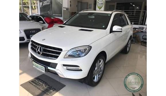 //www.autoline.com.br/carro/mercedes-benz/ml-350-30-4x4-bluetec-sport-v-6-258cv-4p-diesel-auto/2013/curitiba-pr/7033785