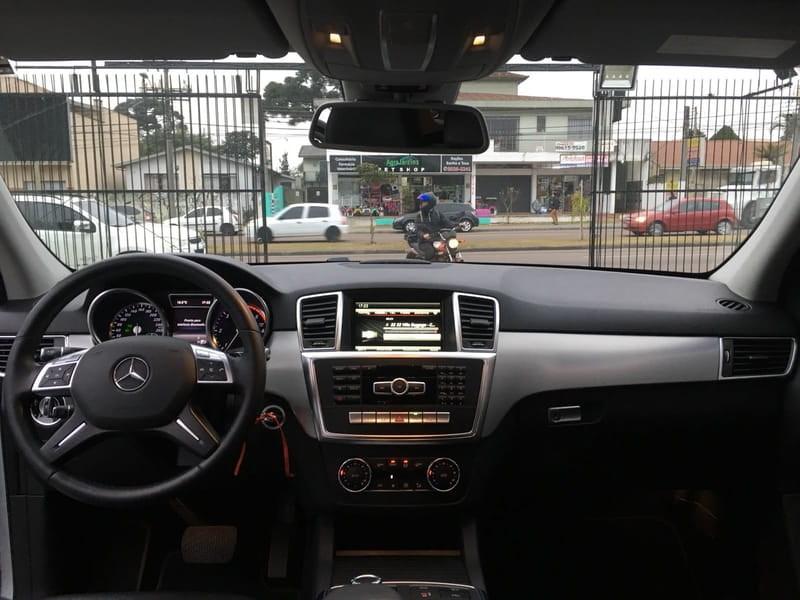 //www.autoline.com.br/carro/mercedes-benz/ml-350-30-4x4-bluetec-sport-v-6-258cv-4p-diesel-auto/2014/curitiba-pr/8766707
