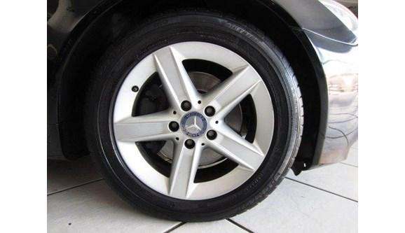 //www.autoline.com.br/carro/mercedes-benz/slk-200-18-kompressor-sport-184cv-2p-gasolina-automat/2009/sao-paulo-sp/7928053