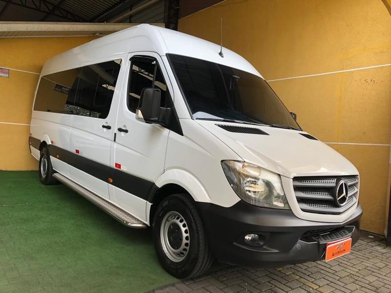 //www.autoline.com.br/carro/mercedes-benz/sprinter-22-415-16v-diesel-4p-manual/2019/curitiba-pr/12675243
