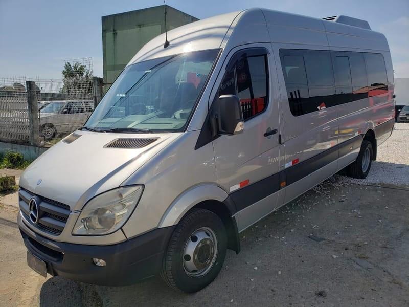//www.autoline.com.br/carro/mercedes-benz/sprinter-21-515-16v-furgao-diesel-4p-manual/2015/curitiba-pr/13936126