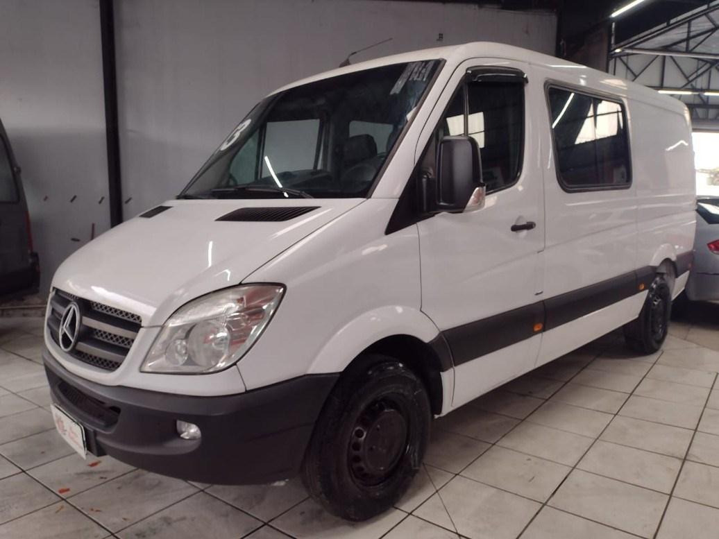 //www.autoline.com.br/carro/mercedes-benz/sprinter-21-cdi-311-street-furgao-105m-16v-diesel-4p-t/2013/sao-paulo-sp/14992549
