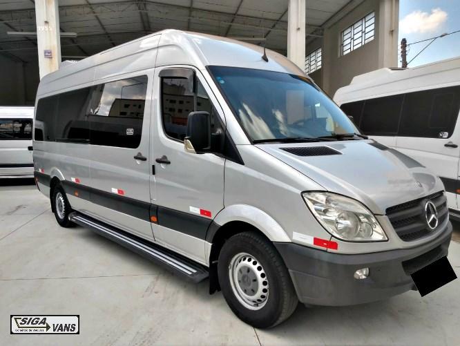 //www.autoline.com.br/carro/mercedes-benz/sprinter-415-cdi-22-bi-tb-van-luxo-talto-16lug-146cv-2p-diesel/2015/americana-sp/12691073