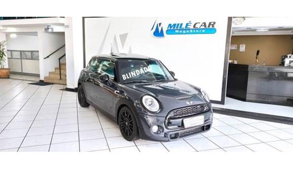 //www.autoline.com.br/carro/mini/cooper-20-s-top-16v-turbo-192cv-4p-gasolina-automati/2014/sao-paulo-sp/11965103