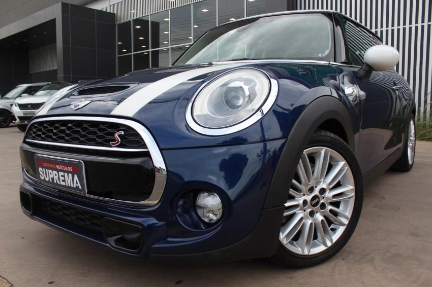 //www.autoline.com.br/carro/mini/cooper-20-s-top-16v-gasolina-2p-turbo-automatico/2015/brasilia-df/14776887