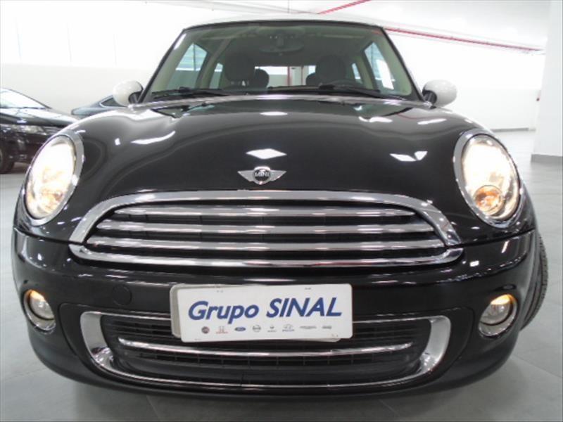 //www.autoline.com.br/carro/mini/cooper-16-clubman-16v-gasolina-4p-turbo-automatico/2012/sao-paulo-sp/15674373