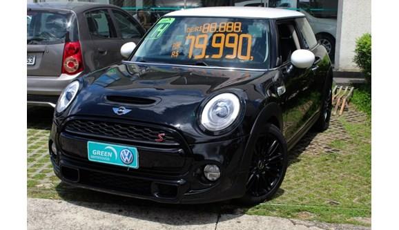 //www.autoline.com.br/carro/mini/cooper-20-s-16v-gasolina-2p-manual/2015/sao-paulo-sp/7024176