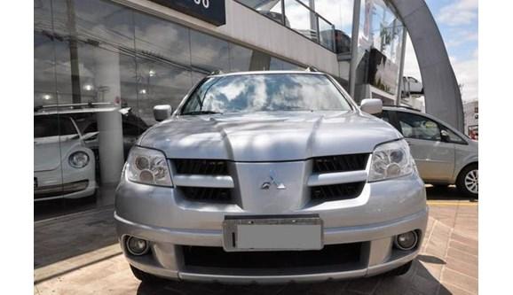 //www.autoline.com.br/carro/mitsubishi/airtrek-24-16v-gasolina-4p-automatico-4x4/2008/passo-fundo-rs/8614198