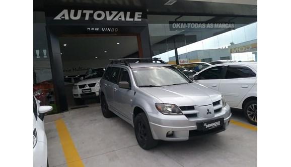//www.autoline.com.br/carro/mitsubishi/airtrek-24-16v-gasolina-4p-automatico-4x4/2004/mogi-das-cruzes-sp/6713837