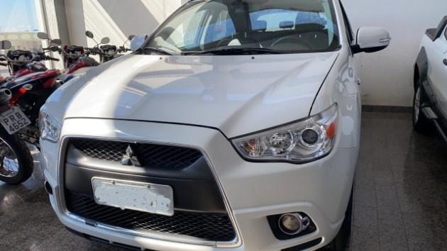 //www.autoline.com.br/carro/mitsubishi/asx-20-16v-gasolina-4p-automatico-4x4/2012/goianesia-go/11114655