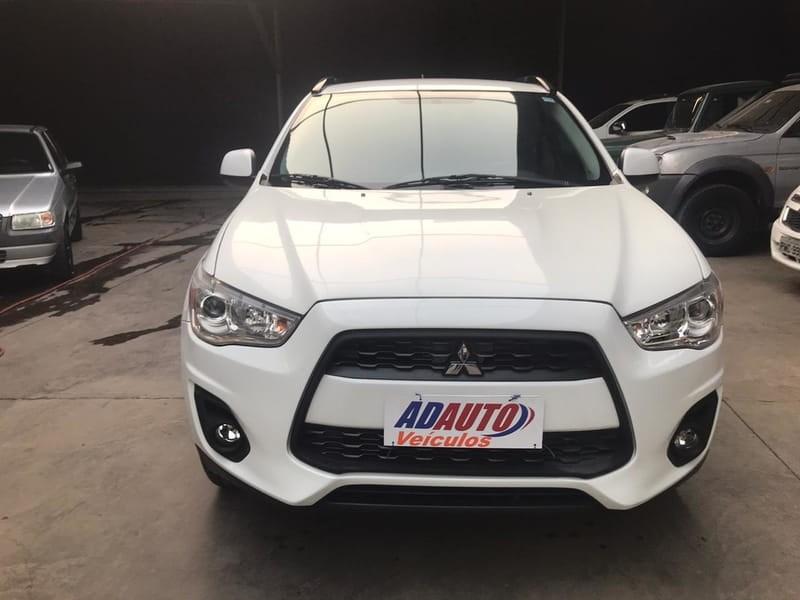 //www.autoline.com.br/carro/mitsubishi/asx-20-16v-gasolina-4p-automatico/2015/cuiaba-mt/13026549