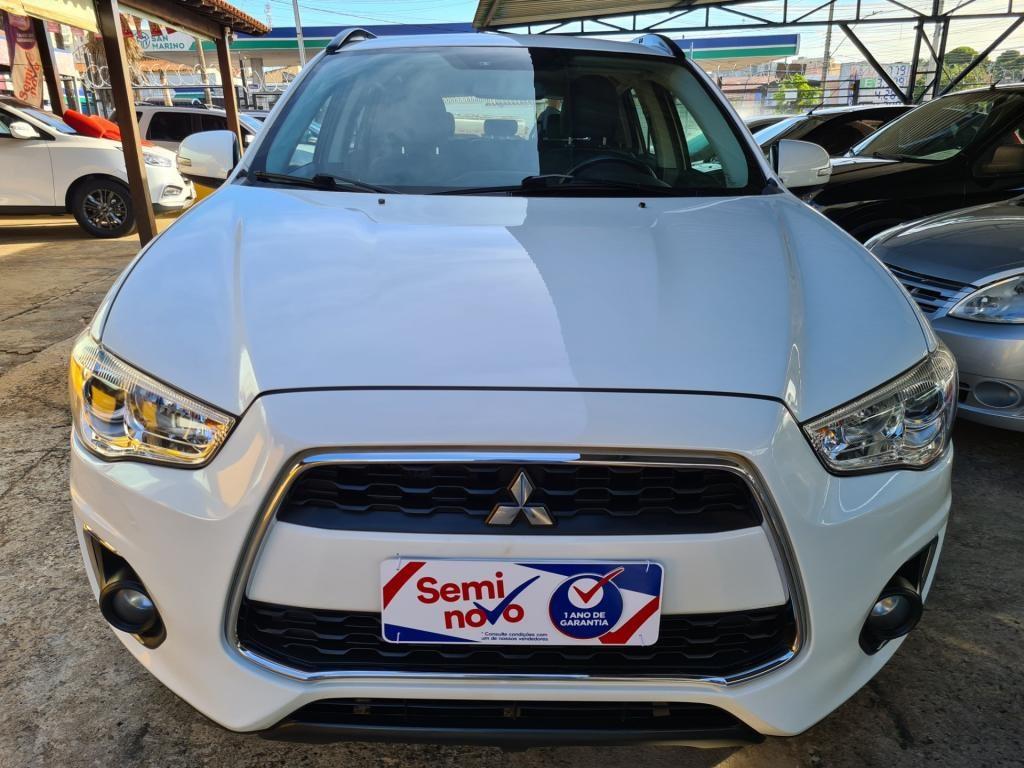 //www.autoline.com.br/carro/mitsubishi/asx-20-16v-gasolina-4p-4x4-cvt/2015/uberaba-mg/14576251