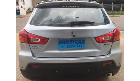 //www.autoline.com.br/carro/mitsubishi/asx-20-16v-gasolina-4p-automatico-4x4/2012/varginha-mg/7691535
