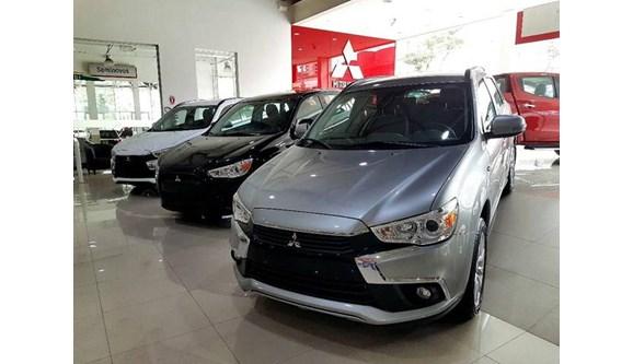 //www.autoline.com.br/carro/mitsubishi/asx-20-hpe-16v-flex-4p-automatico-4x4/2020/sao-paulo-sp/8394866