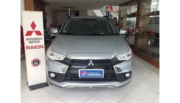 //www.autoline.com.br/carro/mitsubishi/asx-20-16v-gasolina-4p-automatico-4x4/2017/rio-de-janeiro-rj/6716468