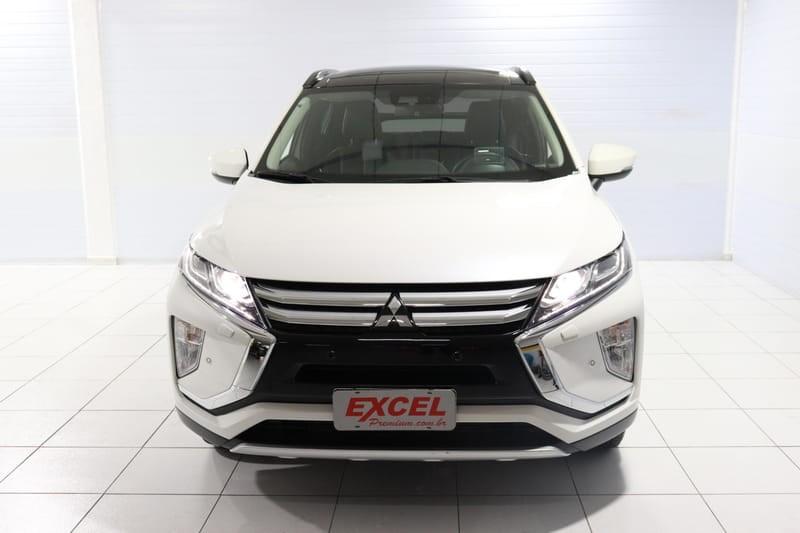 //www.autoline.com.br/carro/mitsubishi/eclipse-cross-15-turbo-hpe-s-16v-gasolina-4p-4x4-automatico/2019/curitiba-pr/14460192