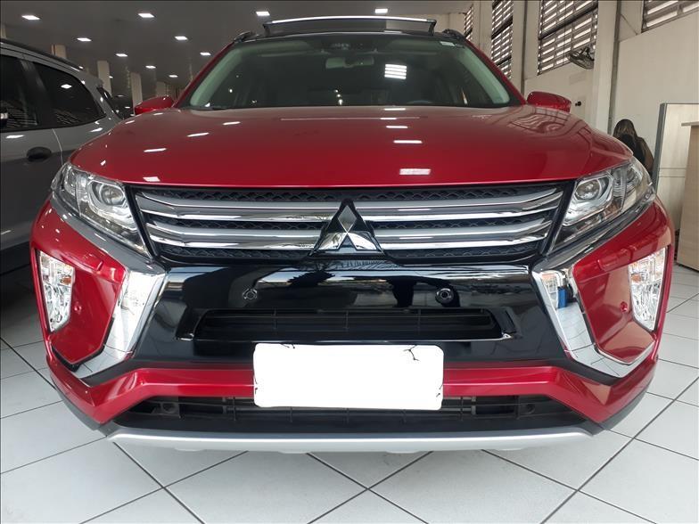 //www.autoline.com.br/carro/mitsubishi/eclipse-cross-15-turbo-hpe-s-16v-gasolina-4p-automatico/2020/barueri-sp/15698574