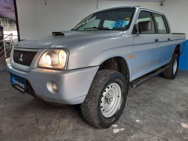 //www.autoline.com.br/carro/mitsubishi/l200-25-gl-8v-diesel-4p-manual-4x4-turbo-intercool/2011/sao-paulo-sp/12492698