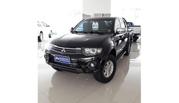 //www.autoline.com.br/carro/mitsubishi/l200-triton-32-hpe-16v-diesel-4p-automatico-4x4-turbo-int/2016/franca-sp/6780900