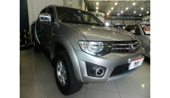//www.autoline.com.br/carro/mitsubishi/l200-triton-24-hls-16v-flex-4p-manual/2016/sorocaba-sp/7906346