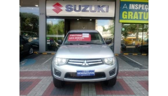 //www.autoline.com.br/carro/mitsubishi/l200-triton-32-gls-16v-diesel-4p-manual-4x4-turbo-interco/2015/belo-horizonte-mg/7984732