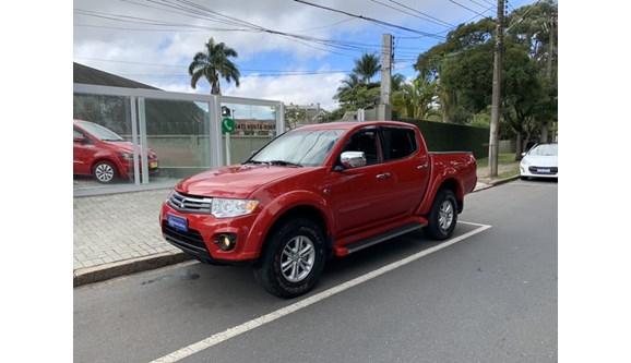 //www.autoline.com.br/carro/mitsubishi/l200-triton-32-hpe-16v-diesel-4p-automatico-4x4-turbo-int/2014/curitiba-pr/8568521