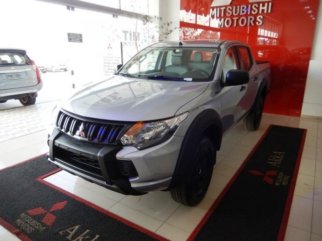 //www.autoline.com.br/carro/mitsubishi/l200-triton-outdoor-24-glx-16v-diesel-4p-4x4-turbo-manual/2022/montes-claros-mg/14453761