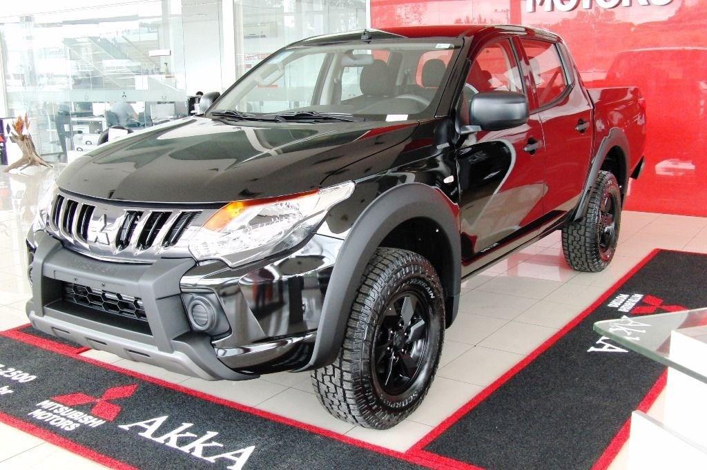 //www.autoline.com.br/carro/mitsubishi/l200-triton-outdoor-24-glx-16v-diesel-4p-4x4-turbo-manual/2022/divinopolis-mg/15467238