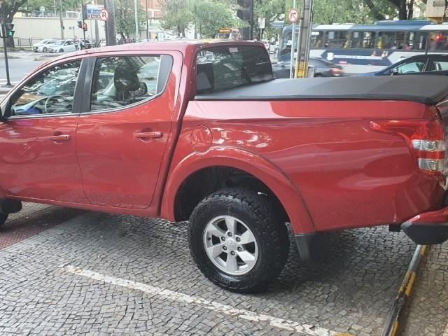 //www.autoline.com.br/carro/mitsubishi/l200-triton-sport-24-gls-16v-picape-diesel-4p-automatico-4x4-tu/2019/belo-horizonte-mg/13843783