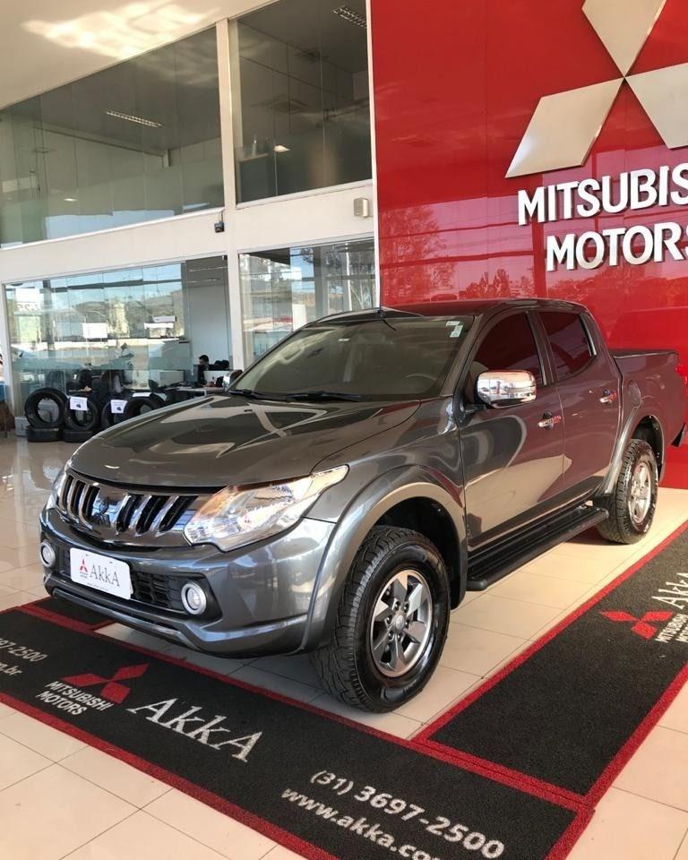 //www.autoline.com.br/carro/mitsubishi/l200-triton-sport-24-hpe-16v-diesel-4p-4x4-turbo-automatico/2020/divinopolis-mg/15039211
