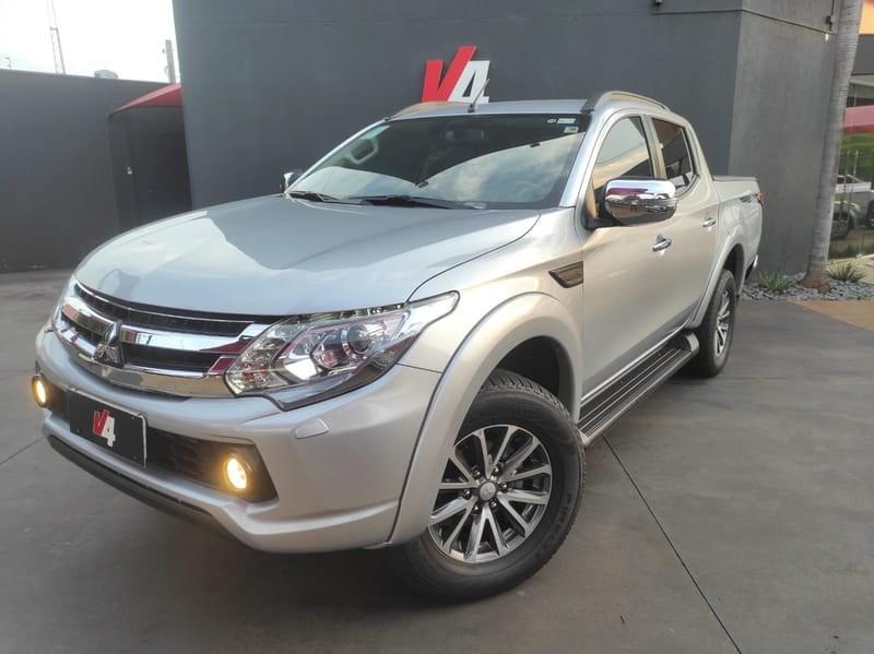 //www.autoline.com.br/carro/mitsubishi/l200-triton-sport-24-hpe-s-16v-diesel-4p-4x4-turbo-automatico/2020/campo-grande-ms/15633513