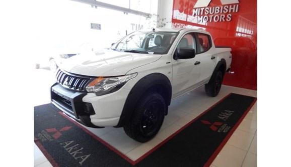 //www.autoline.com.br/carro/mitsubishi/l200-triton-sport-24-glx-16v-diesel-4p-4x4-turbo-manual/2020/divinopolis-mg/9936254